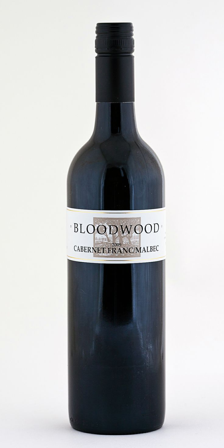Bloodwood Wine : 2009 Cabernet Franc/Malbec. I love Cab Franc blends from Orange, can't get enough of them and this is probably my fave. Dusty raspberries, red cherry, tobacco & that's on my first taste. Cabernet Franc, I reckon it's a regional dark horse.