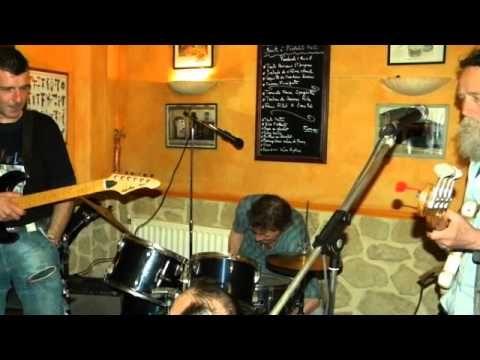 """A PARTAGER SANS MODÉRATION !!!!! """"LES BRAS CASSÉS"""" seront en concert le 24 Avril 2015 pour une soirée reprises pop/rock années 60/70/80 au Bar """"LE TERMINUS"""" à partir de 21h. Restauration sur place . Résérvation vivement conseillée au : 01 45 11 28 54 """"LE TERMINUS"""" 39 Rue Du Pont De Créteil 94100 Saint-Maur-des-Fossés Contact : Marco 06 62 90 63 28. À très vite les amis !!!!!"""