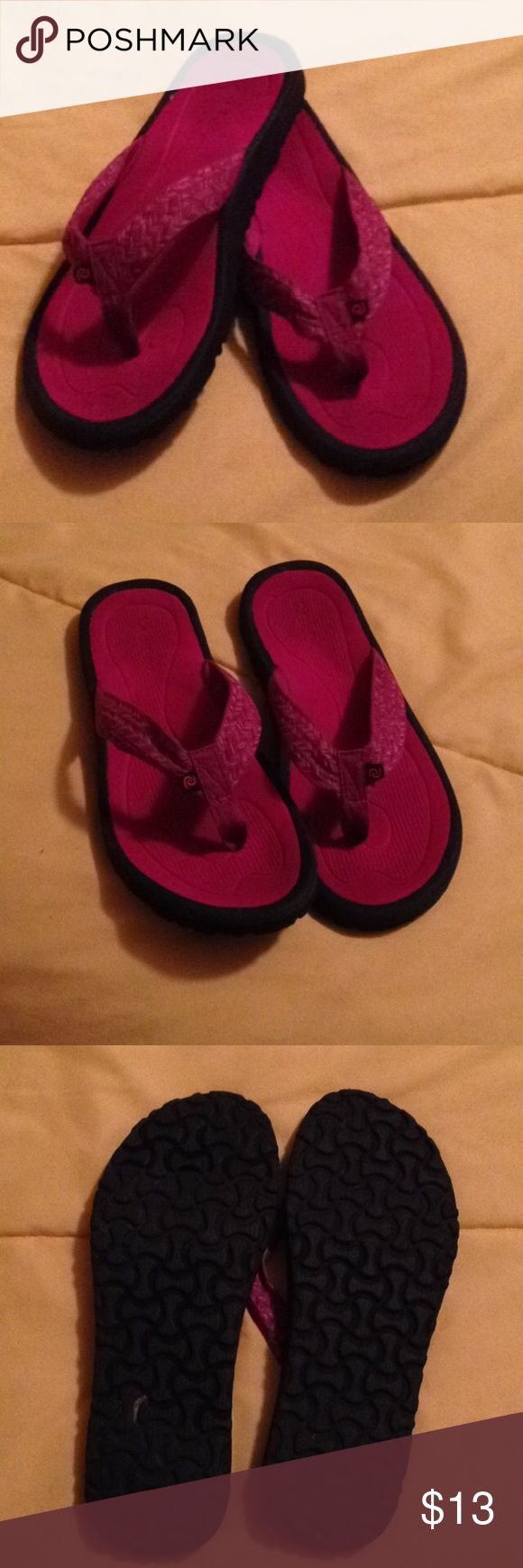 Rafter Sandals Like new Rafter sandals. Super comfortable. Rafter Shoes Sandals