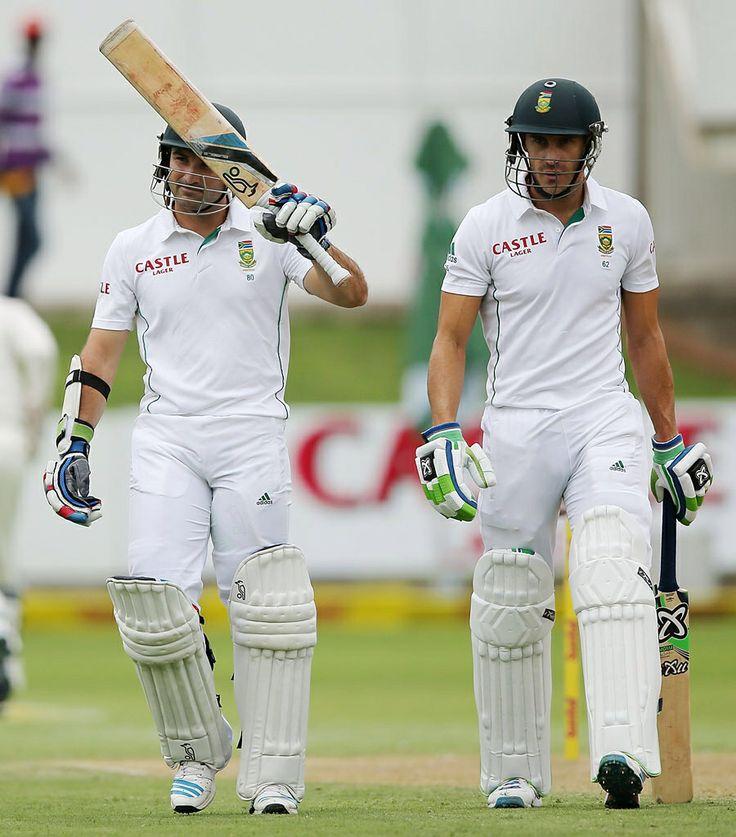 Dean Elgar raises his bat on reaching 50, South Africa v Australia, 2nd Test, Port Elizabeth, 1st day, February 20, 2014