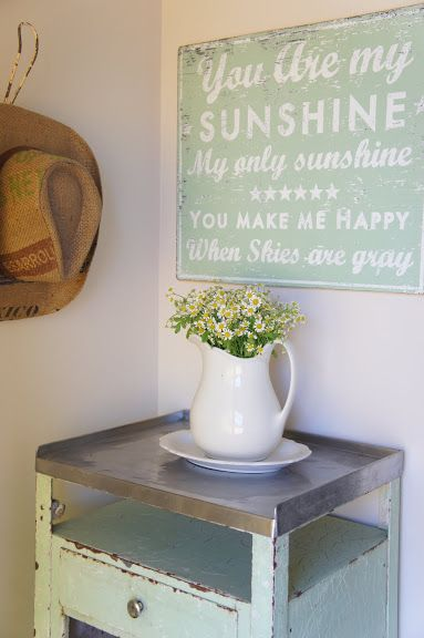 love this sign and colour.. laundry room?