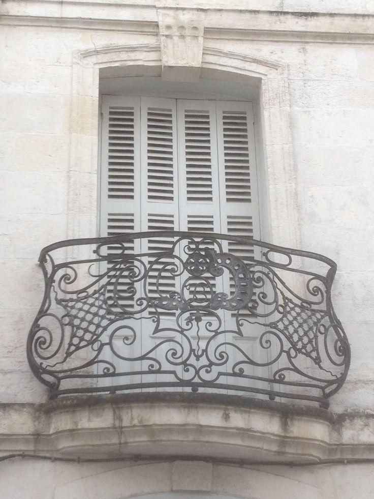 Joli balcon à La Rochelle