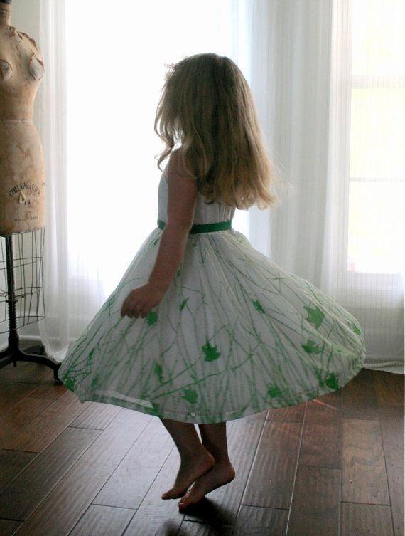 Little Girls Floral Dress Flower Girl Dress Special Occasion Very Full Skirt Green White Spring Summer Easter Eco Friendly Size 6T