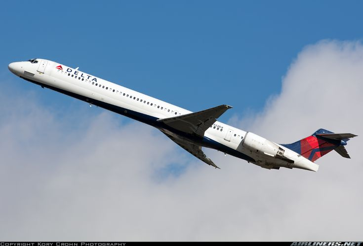 McDonnell Douglas MD-90-30 - Delta Air Lines | Aviation Photo #4159101 | Airliners.net