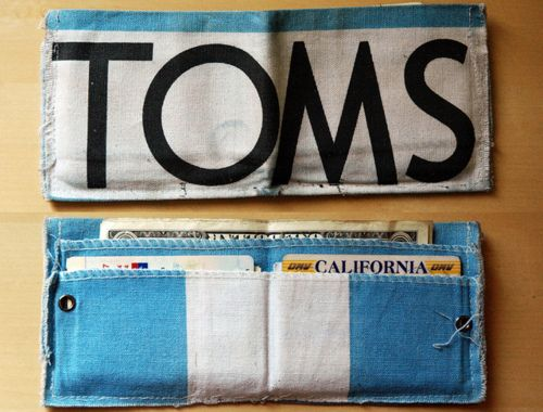 DIY Toms wallet. I have so many Toms bags/flags that come with the shoes. Doing this!