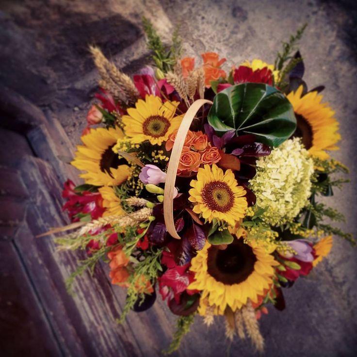 """3 aprecieri, 1 comentarii - Floraria Dorothy's (@florariadorothys) pe Instagram: """"Summer vibes... #cluj #floricluj #clujnapoca #clujcenter #clujlife #lifeincluj #viataincluj…"""""""