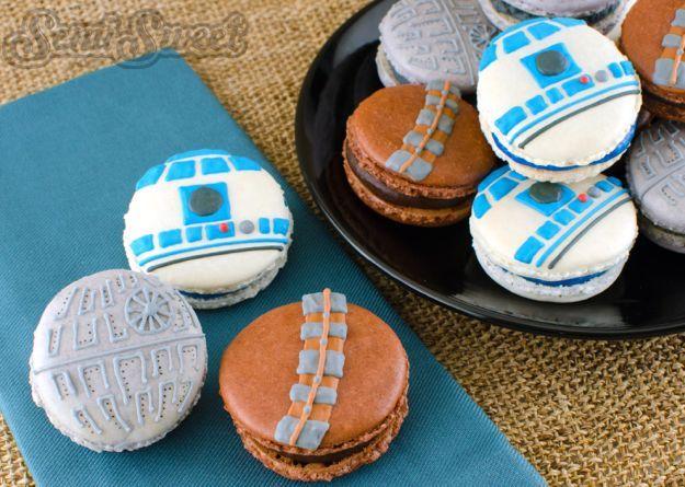 Star Wars Macarons | http://homemaderecipes.com/entertaining/parties-gatherings/11-star-wars-food-ideas/