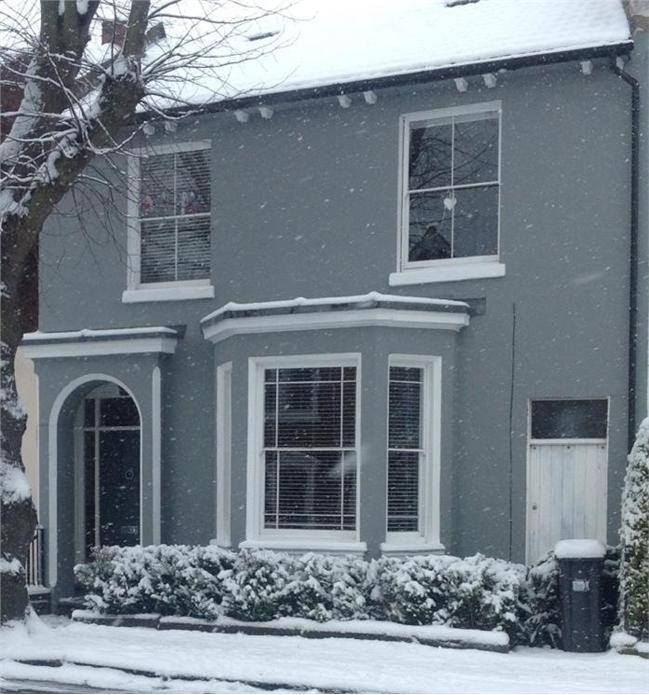 beautifully snowy home painted in farrow ball 39 plummet 39 it 39. Black Bedroom Furniture Sets. Home Design Ideas