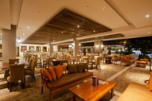 Pavoz Restaurant & Bar at Sun Island Hotel Kuta