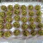 Bonbon datteri e pistacchi - http://www.food4geek.it/le-ricette/dolci/bonbon-datteri-e-pistacchi/