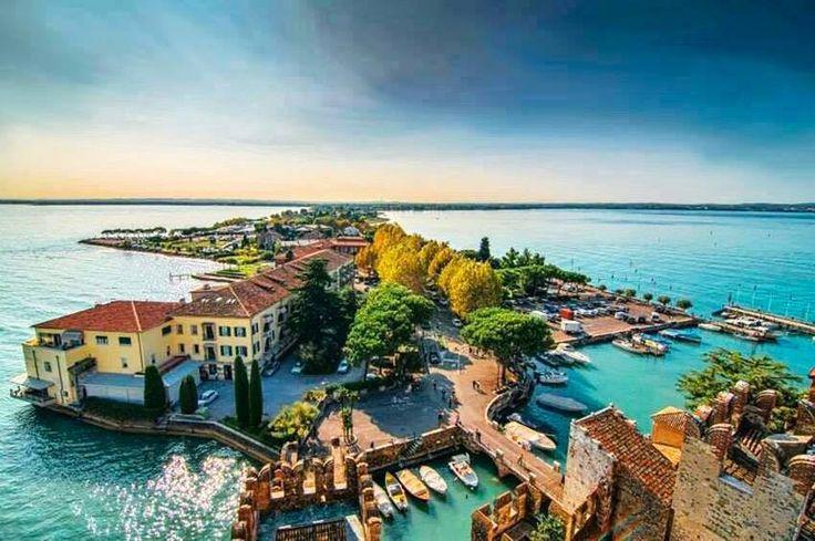 | #Sirmione | Lago di Garda | Vista dal castello Scaligero | www.volamondo.it