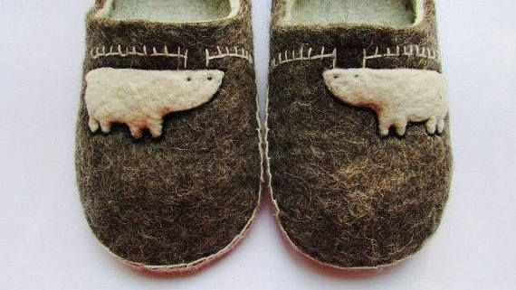 Wool felted slippers for adults decorated by deer unisex