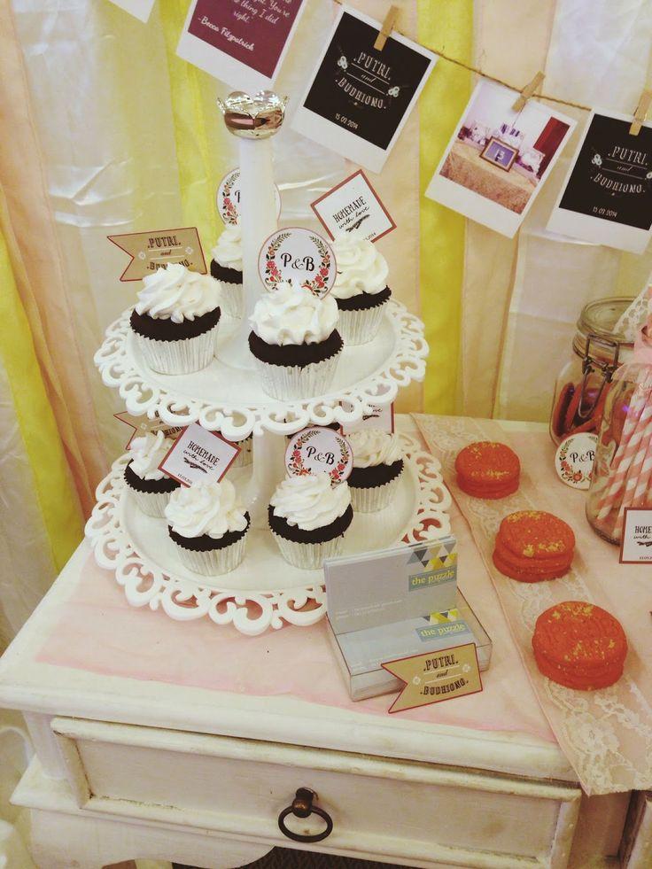 Choco-vanilla cupcakes :3