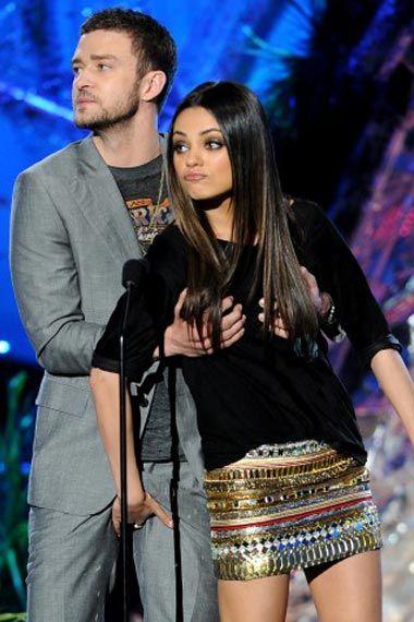 Mila Kunis & Justin Timberlakes naked love-in - video