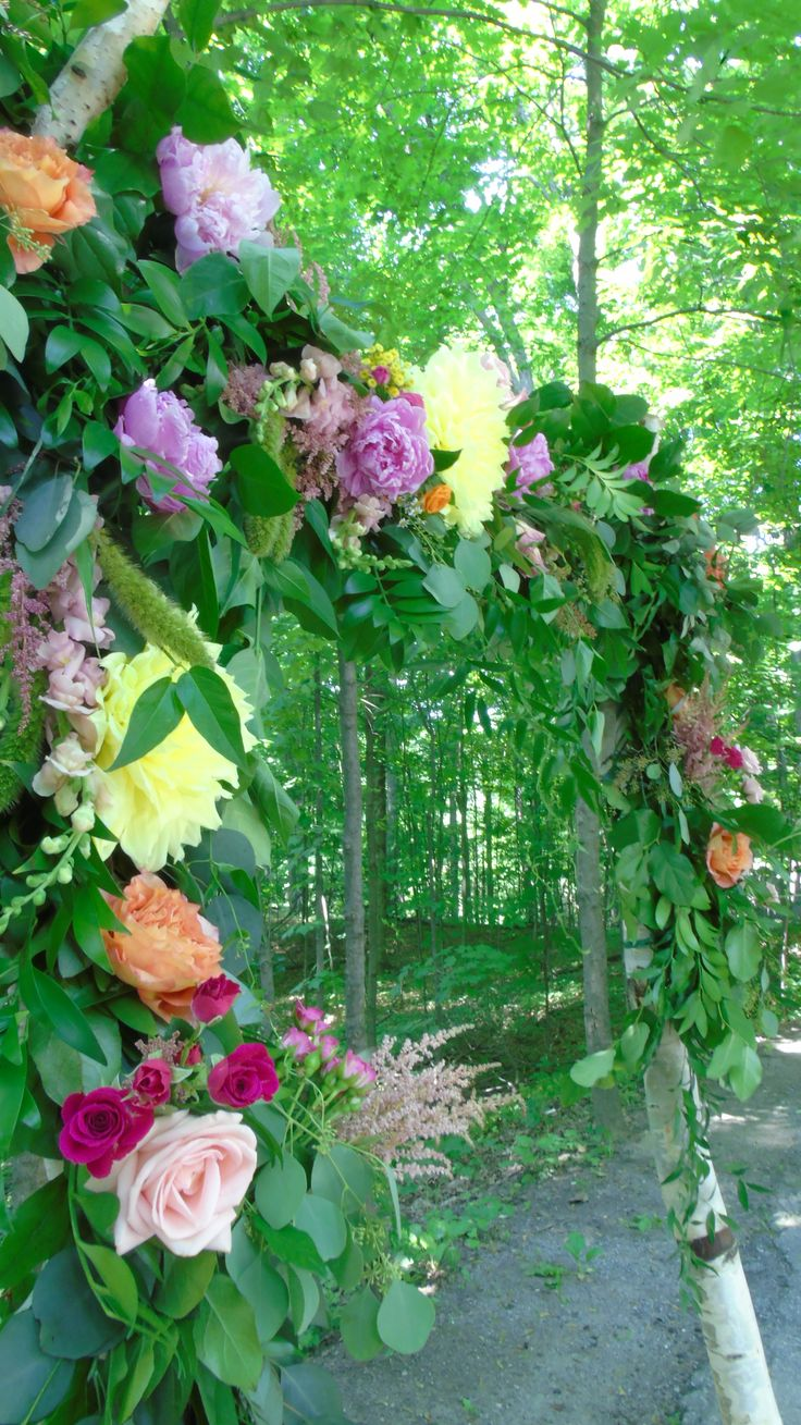 Stunning florals from #Flower597 on our Birch Arch