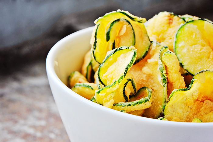 FitChefs salt and vinegar zucchini chips recipe > http://www.fitchef.co.za/fitchefs-salt-and-vinegar-zucchini-chips/