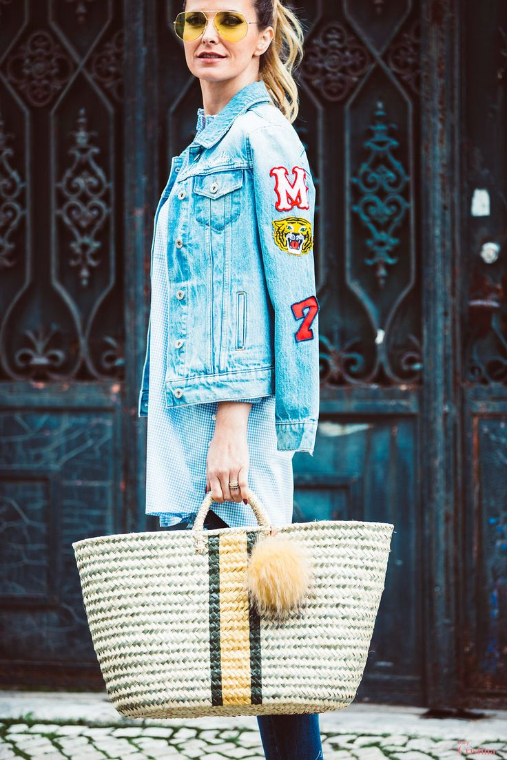 Cristina Ferreira   Daily Cristina   Fashion   Jeans   Elisabetta Franchi na Casiraghi   Camisa  Elizabetta Franchi na Casiraghi   Chinelos Gucci   Blusão de ganga Franklin Marshall na Casiraghi