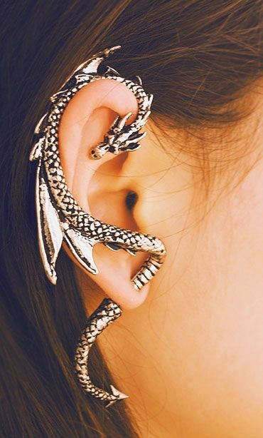 Awesome dragon earring - I need to wear these to all my high school son's parent teacher conferences....