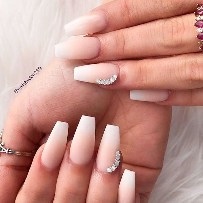36 Graduation Nails Designs To Recreate For Your Big Day Faded Nails Graduation Nails French Fade Nails