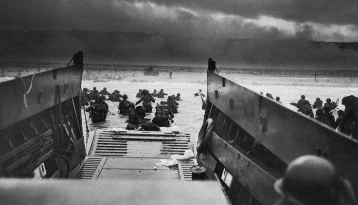 El 6 de junio del año 1944 fue la fecha del más grande desembarco anfibio de la historia. Ese día, decenas de miles de soldados de Estados Unidos, Reino Unido y Canadá tomaron por asalto las playas de la región norte de Normandía, en lo que sería el principio del fin de la Alemania nazi.
