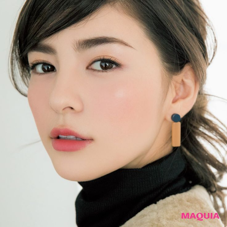 「MAQUIA」2月号から、千吉良恵子さんによるケイトの先取り春パレット洗練使いこなし術をお届け。ヘア&メイクアップアーティスト 千吉良恵子さんメイクブーム創世記から第一線で活躍。トレンドを見据えながら明るくキュートなメイク提案で大人気。ファー...