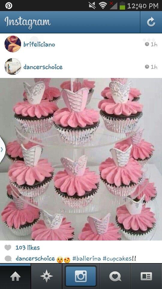 Corset cupcakes | Aliana's 1st birthday | Pinterest ...