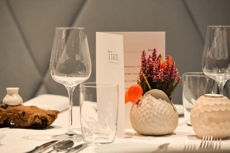 Hier die Eindrücke unseres Charity Dinner im Tian München - experience taste zugunsten der Stiftung Ambulantes Kinderhospiz München. Ergebnis 14.000 €.
