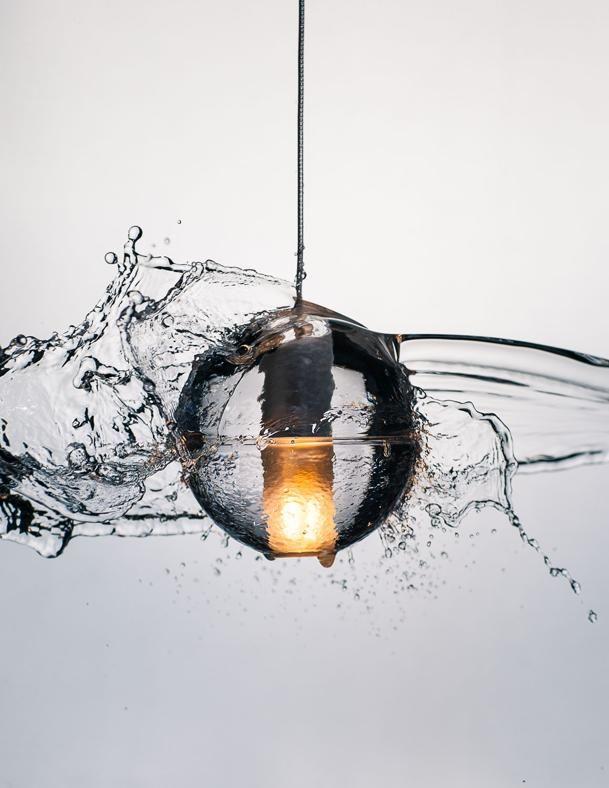 Illuminazione da esterno  BOCCI Collezione 14, design Ormer Arbel. Famiglia di lampade outdoor da usare singole o in batteria. Sfere in vetro anche con effetto ghiaccio.