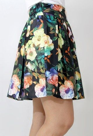 FLORAL SKIRT IN GREEN
