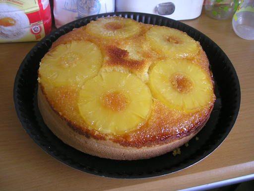 Recette Gâteau à l'ananas renversé, notre recette Gâteau à l'ananas renversé - aufeminin.com