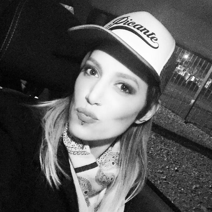 Martina Soto Pose (@MartinaSotoPose) | Twitter