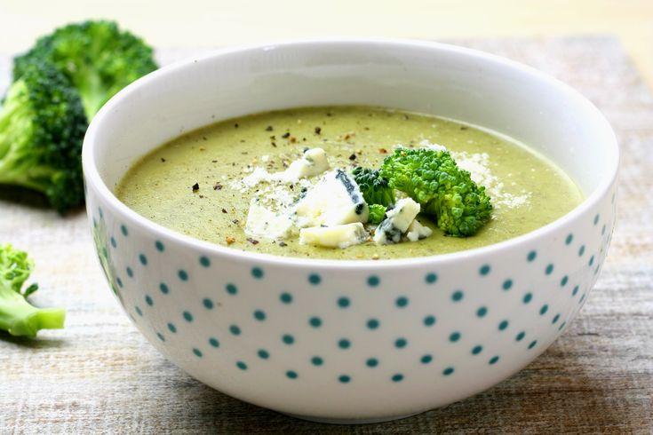 Broccoli gorgonzola cream soup