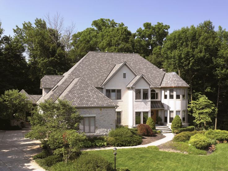 Our Highland #Slate shingle, shown here in the color Smokey Quartz. #CertainTeed #Roofing