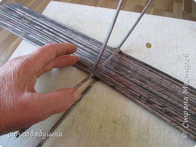 Мастер-класс Поделка изделие Плетение Дно работа над ошибками Трубочки бумажные фото 20