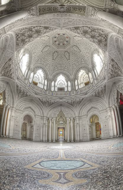 Lindon. : Abandoned palace