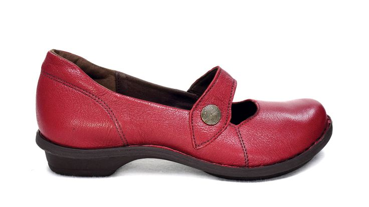 Tsonga Relaxa ,Valentino Red.  Handmade Genuine Leather Shoe. R 939. Handcrafted in Pietermaritzburg, South Africa. Code: TLUB066 005. See online shopping for sizes.   Shop for Tsonga online https://www.thewhatnotshoes.co.za Free Delivery within South Africa.