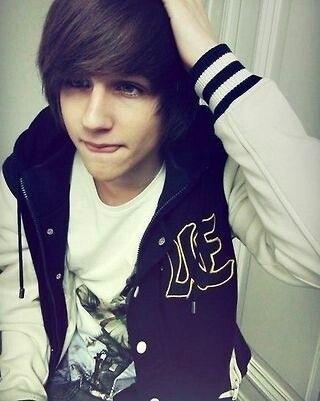 Hey in Alec I'm a son of Poseidon I'm 16 and yah oh I'm single ladies *winks*
