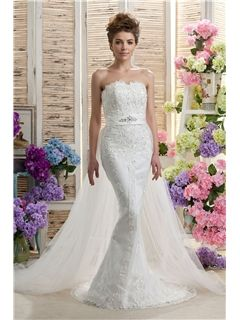 Sweetheart Ruffles Daria's Wedding Dress With