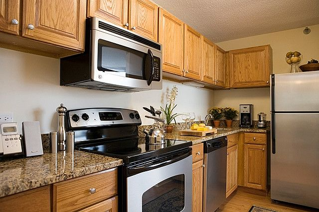 Best 1000 Images About Granite Countertops With Oak Cabinets 640 x 480