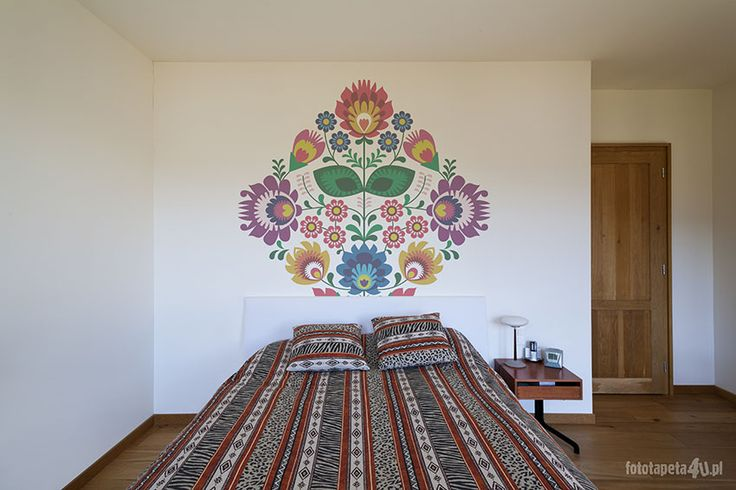 Folk pattern in bedroom