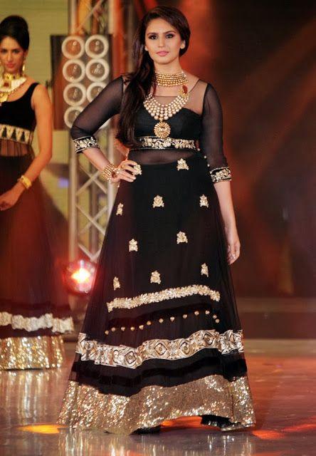Huma Qureshi in Black Net Lehenga