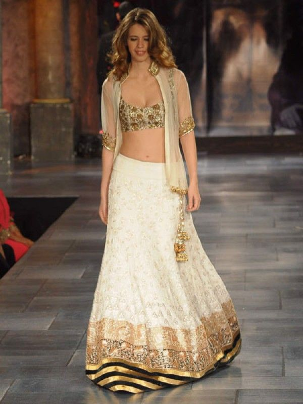 Celebs Walk for Manish Malhotra's Charity Fashion Show