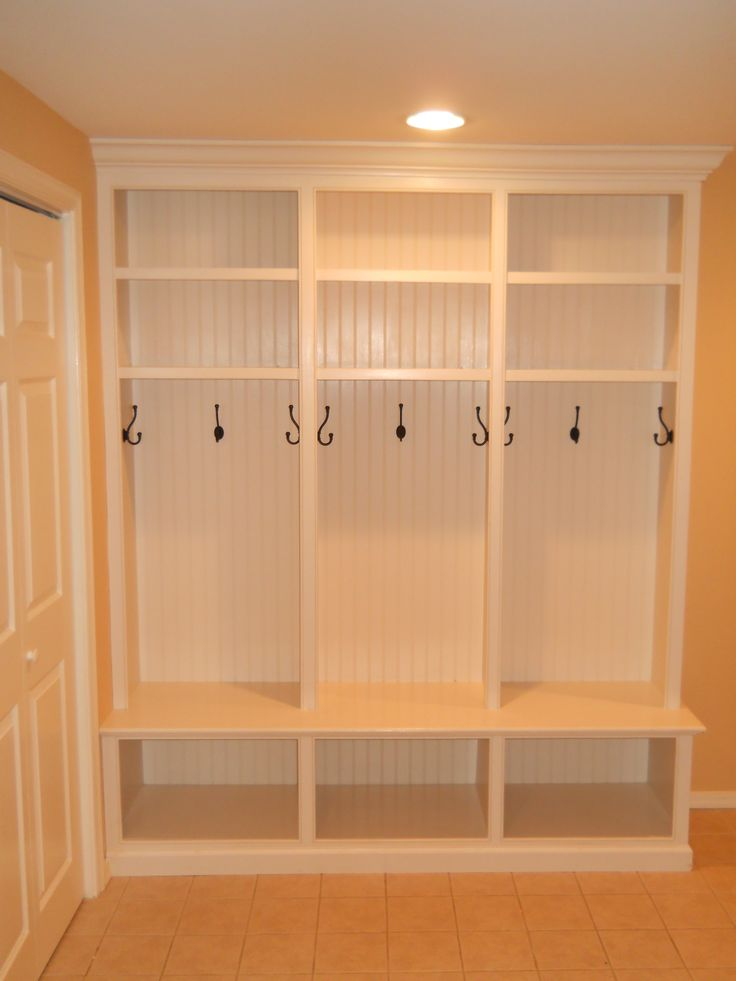 Custom Mud Room Lockers…thinking slightly smaller, and make 4 of 6 of them for the garage.