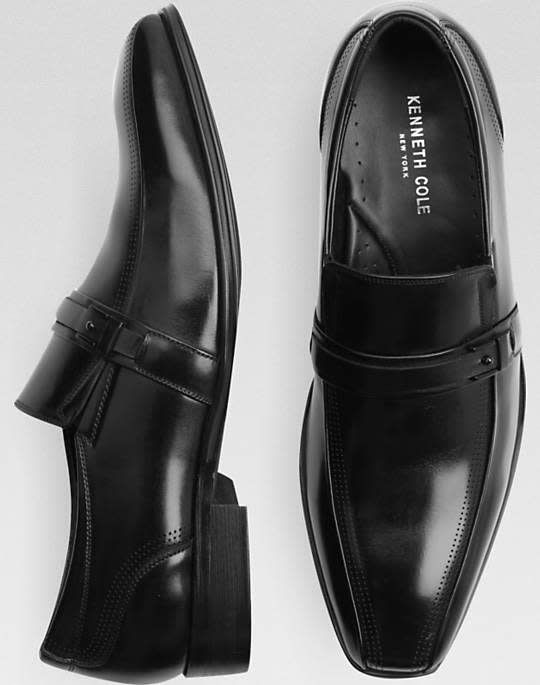 Men's Wearhouse takes an extra 30% off a selection of men's clearance shoes as part of its Clearance Sale. (Pric... https://www.lavahotdeals.com/us/cheap/mens-wearhouse-takes-extra-30-selection-mens-clearance/310767?utm_source=pinterest&utm_medium=rss&utm_campaign=at_lavahotdealsus&utm_term=hottest_12