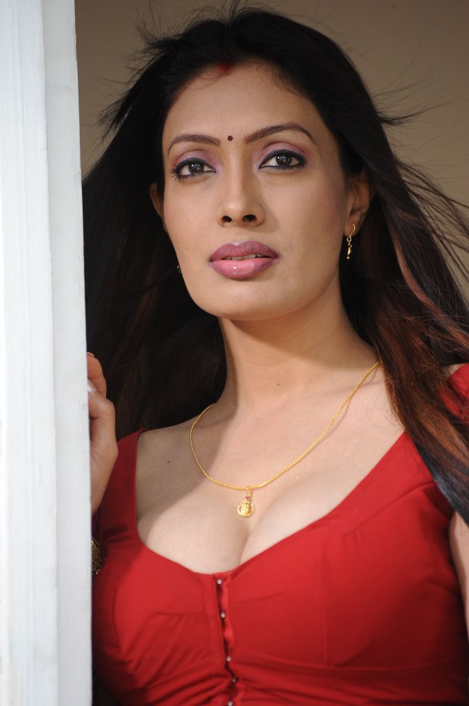 Surabhi Hottest Photos  Heroines Images  Tollywood  -4147
