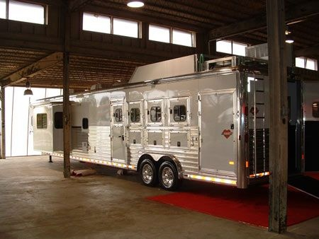 73 best images about dream rig on pinterest gooseneck for Rv storage buildings with living quarters