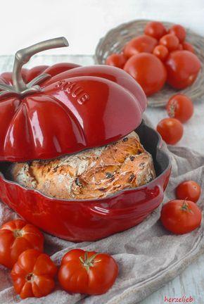 Rezept für Tomatenbrot. Tomato bread recipe   #recipe #rezept #baking #bread #backen #tomato