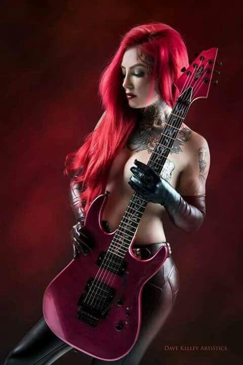 Les Paul Guitar Girl Trisha Lurie