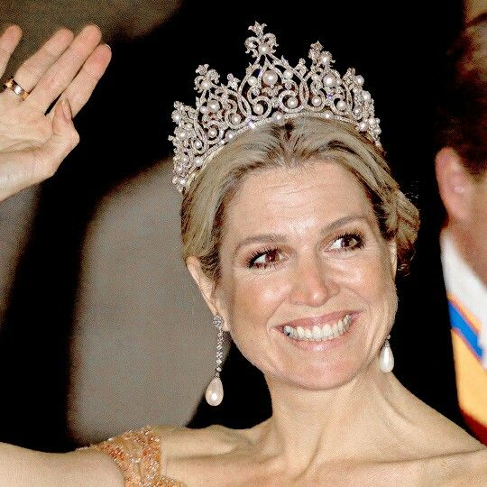 QUEEN MÁXIMA'S TIARAS of 2015 ♕ → The Württemberg Ornate Pearl Tiara This was the last tiara (at least of public knowledge) that Máxima wore this year, this time in June for the Annual Gala for the Corps Diplomatique at the Dam Palace of Amsterdam.