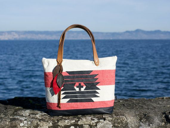 Amerindian Tote Bag Leather / Venetian Red by lepetitchatrobin